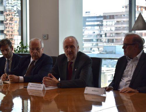 """CM presenta los resultados preliminares del """"Roadmap de Innovación Tecnológica para la Minería 4.0"""" ante el ministro de Minería"""