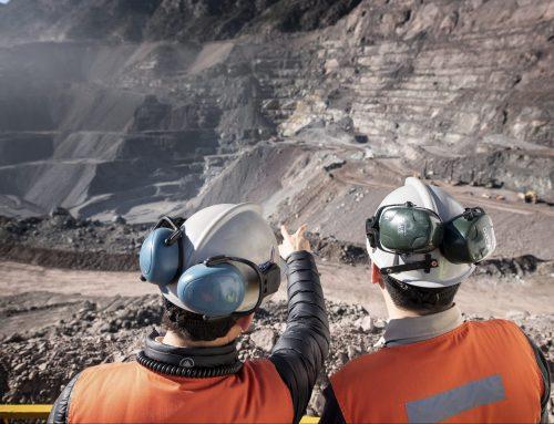 Casos activos en la industria minera caen un 36%